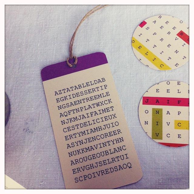 kit de table mots cachés